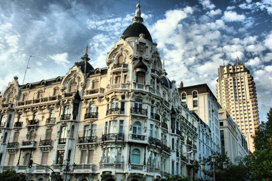 Modernismo mi sitio for La arquitectura en espana